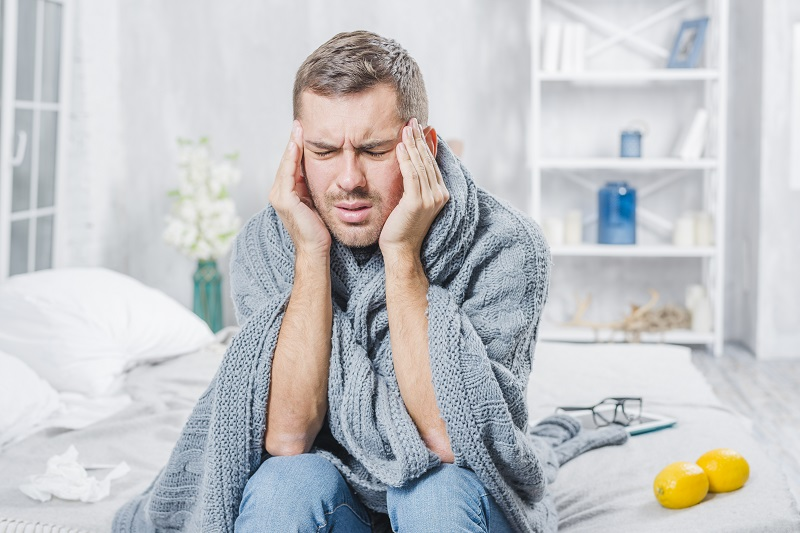 Domowe sposoby na przeziębienie. Jak leczyć się samemu.