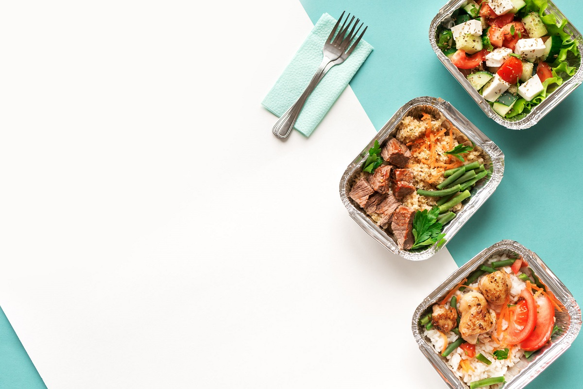 Zastanawiasz się nad zamówieniem cateringu dietetycznego? Poznaj nasze 3 rady do dobrego zakupu